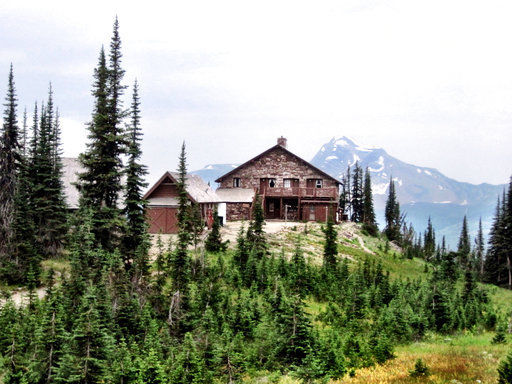 Fire torches historic national park chalet in Montana