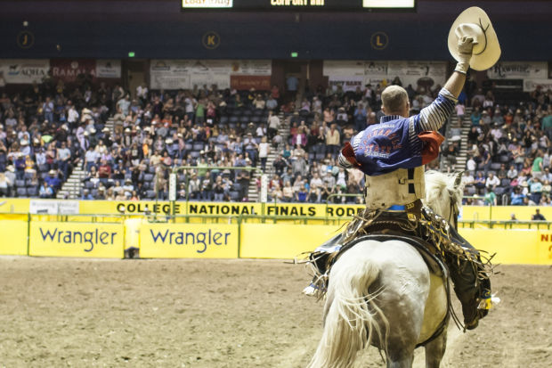 Cnfr Panhandle State S Frost Wins Bull Riding As Only