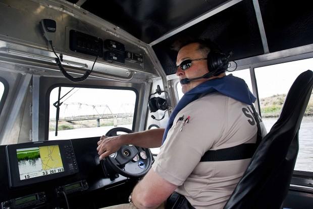 110915CAS-sheriffairboat2-tk