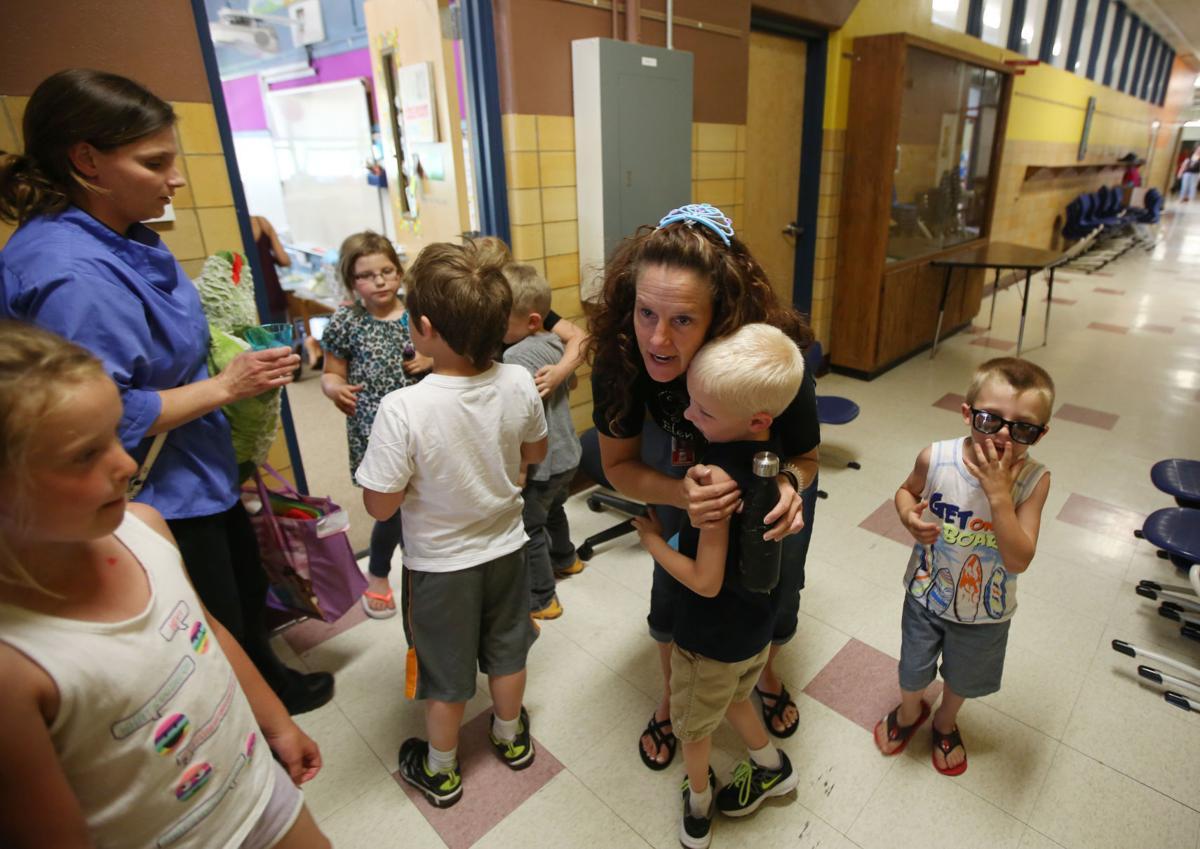 Grant Elementary Closes