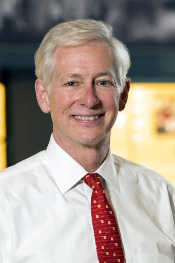 New University of Wyoming president faces COVID-19 reopening