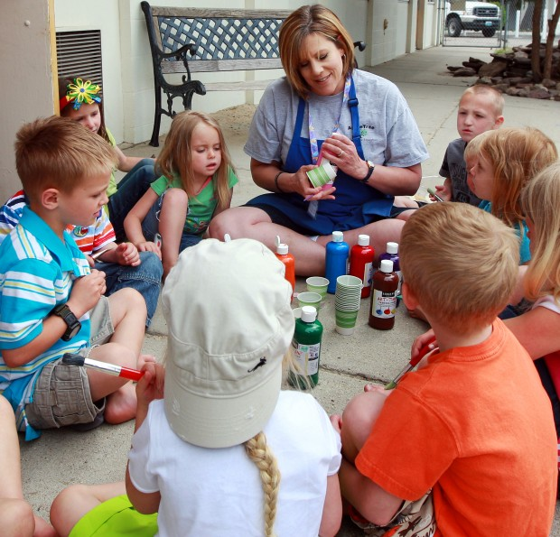 Babysitting Day Care Child Care: How To Find A High-quality Child Care Provider