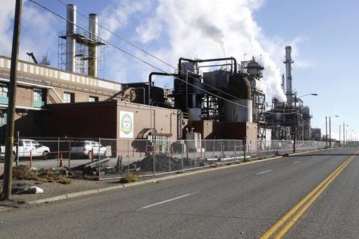 Sinclair Refinery a high tech wonder