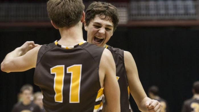 2a Boys Clifford Leads Wyoming Indian Into Title Game