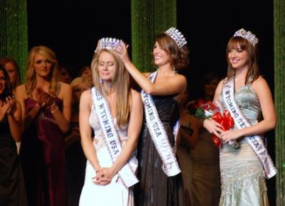 Gillette, Cheyenne women crowned