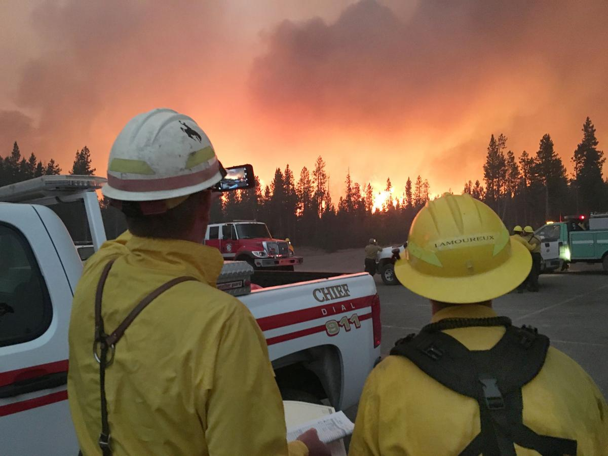 Revived wildfire closes Yellowstone park's south gate again