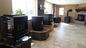 Pellet-Showroom-resize.jpg