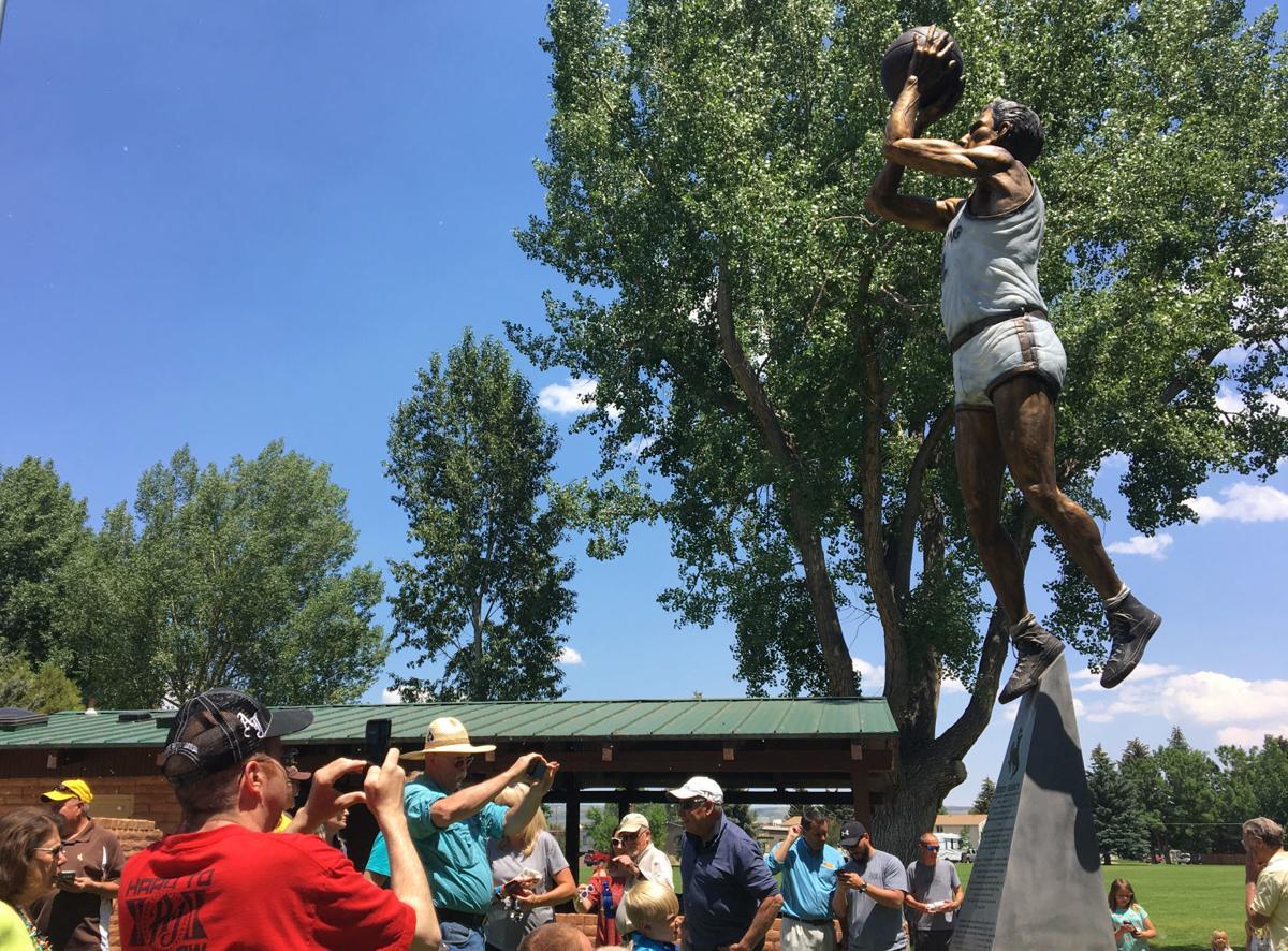 Sailors Statue
