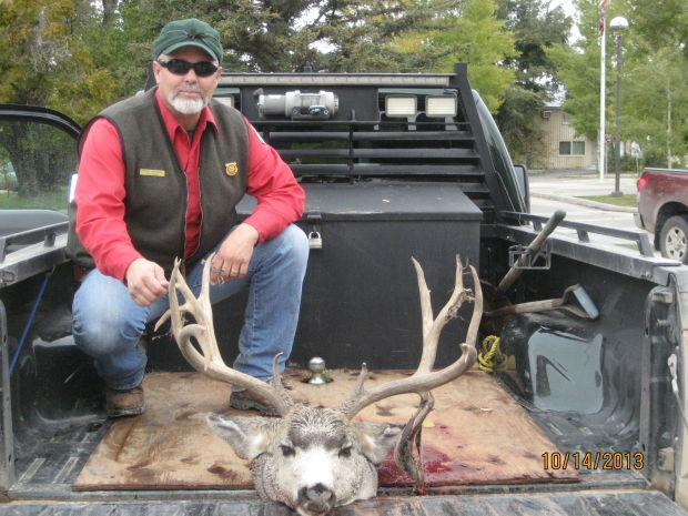 Riverton man convicted of poaching trophy deer open for Fish and game office near me