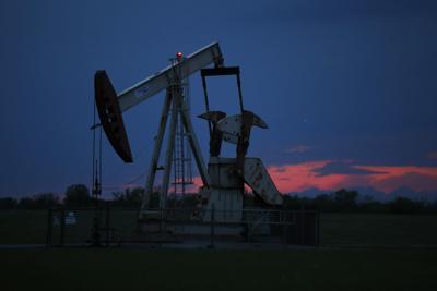 APTOPIX Oil Production Emergency Order
