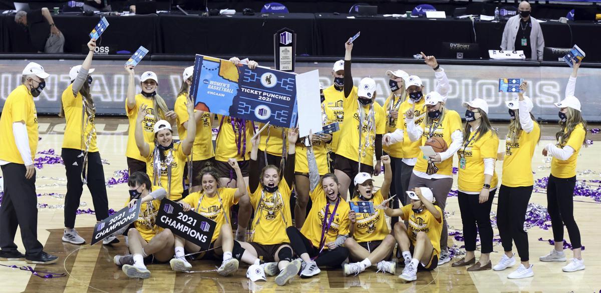 MWC Fresno St Wyoming Basketball