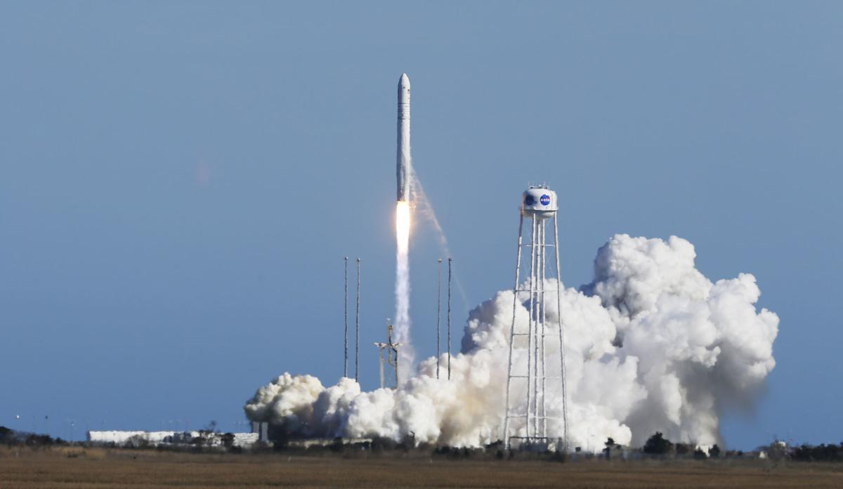APTOPIX Space Station