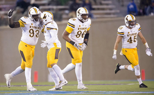 Allen injured in Wyoming's 28-14 win over Air Force
