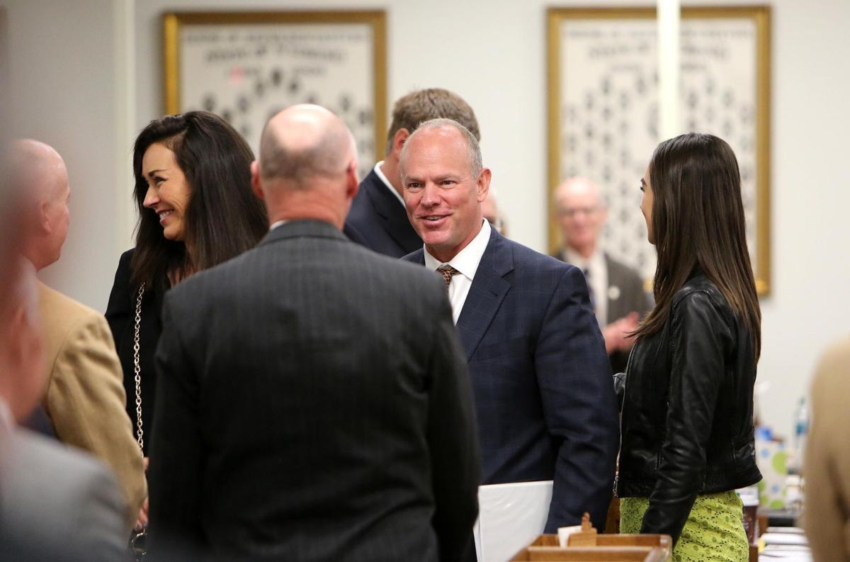 Mead at legislature