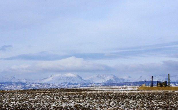 Pinedale Gas Fields gray/blue scenic