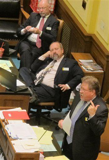 Senate advances bill to help hospitals despite cost warnings