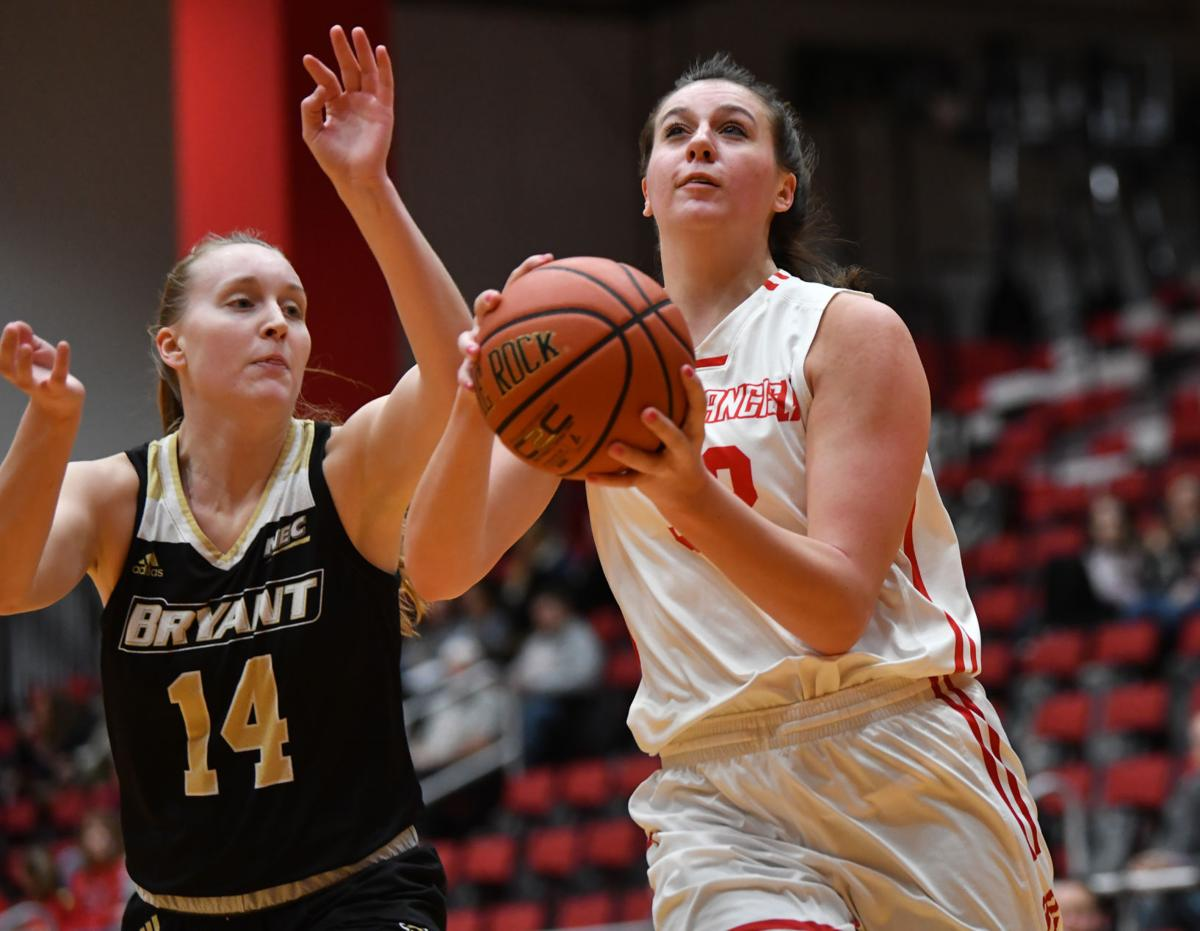 sports shoes d85c7 c50b0 PHOTO GALLERY | Kovatch leads Red Flash to 78-66 win over ...