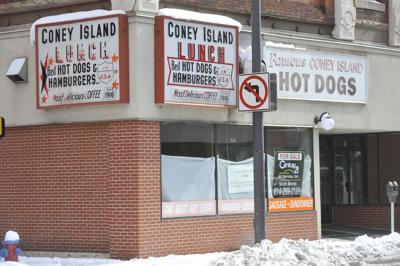 Man claims he bought Coney Island and will reopen the eatery