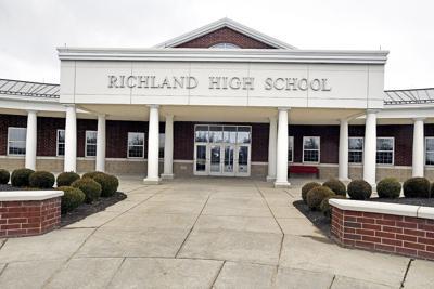 Richland High School exterior