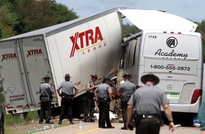 Police Probing Fatal Crash Of Niagara Falls Bound Bus Truck