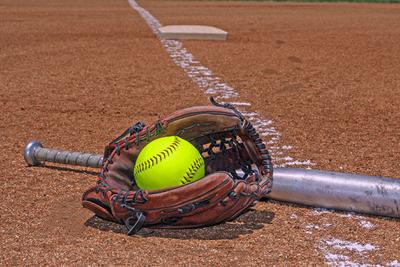 Softball bat glove