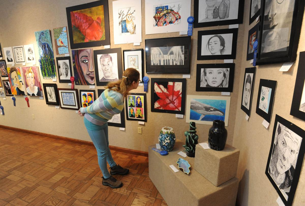 Art exhibition showcases works by area students | Local News