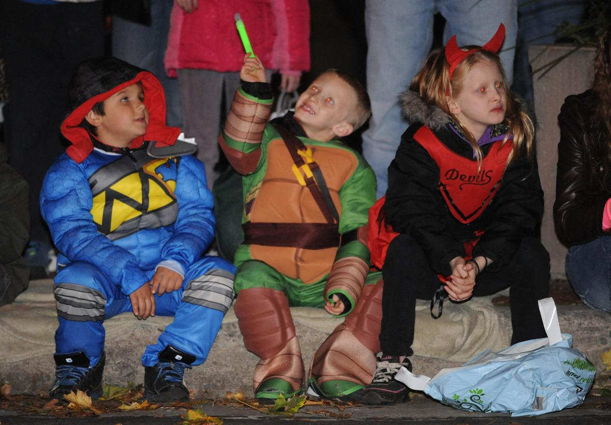 Trick-or-treating times, dates listed for Halloween 2016 | News ...
