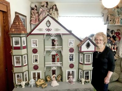 In The Spotlight It S A Small World Richland Township Woman S