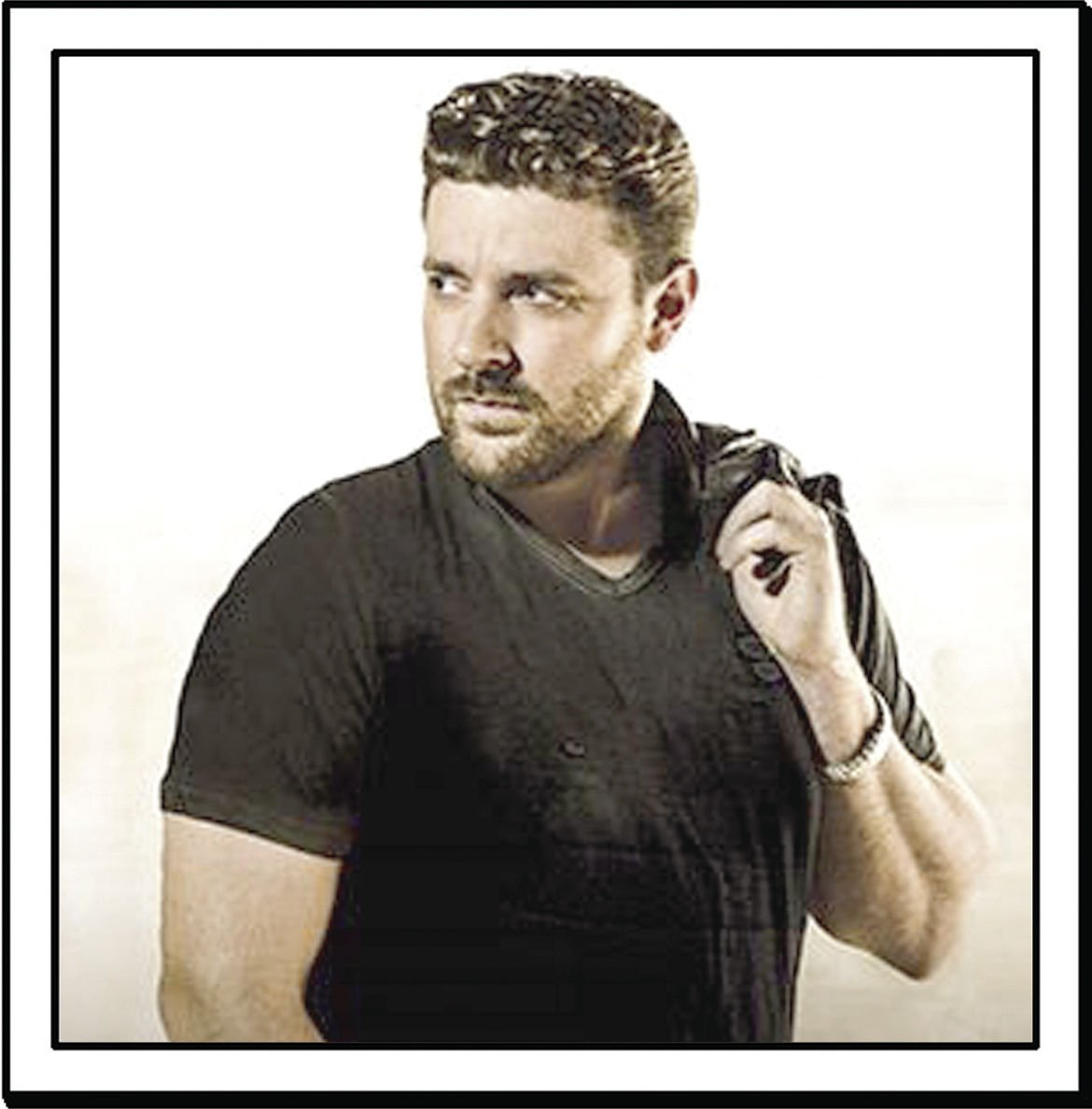 Chris Young: Chris Young 'Comin' Over' To Cambria County War Memorial