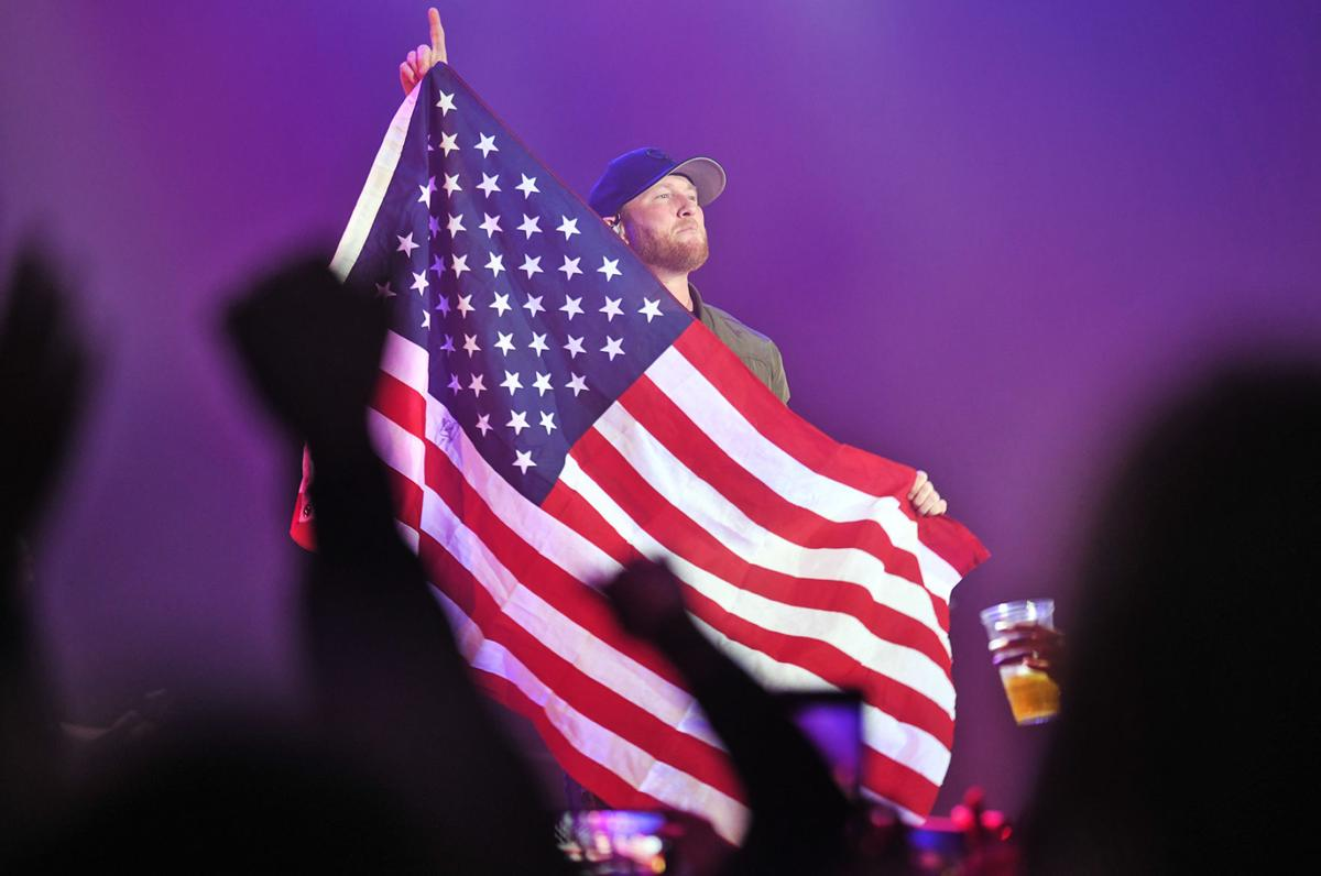 Country star Cole Swindell plays Johnstown, meets sister of woman killed on Route 219