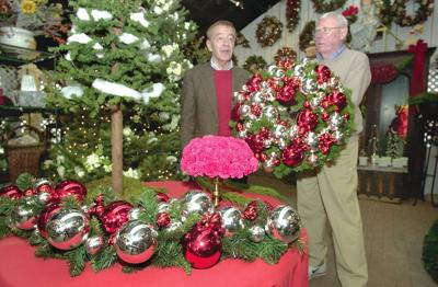 Local Florists Help To Decorate White House