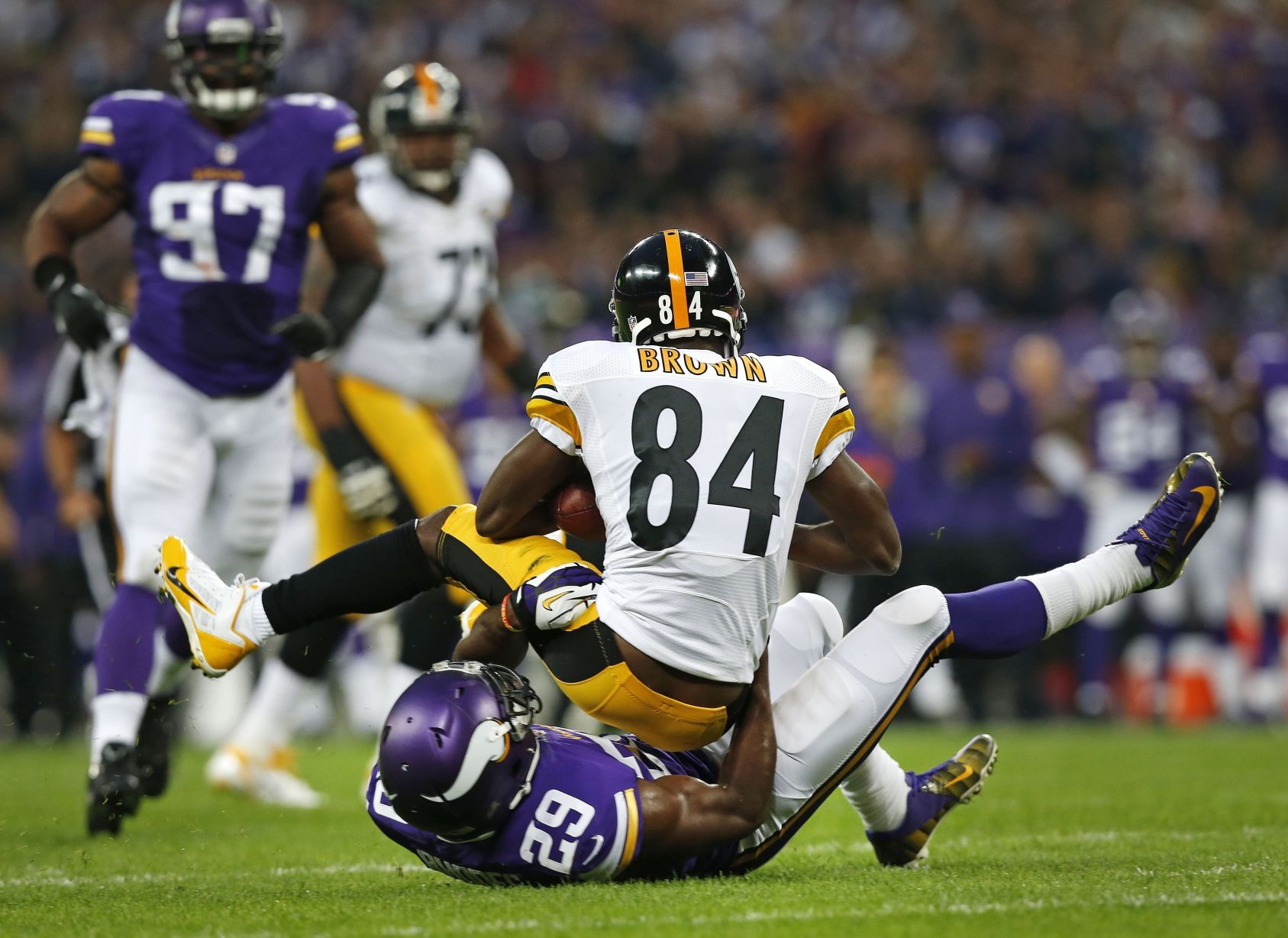 Vikings, Steelers square off after opening wins