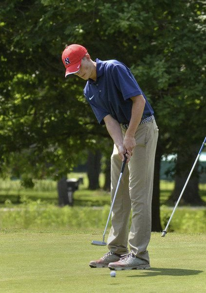 Knights nip Patriots for sectional golf title