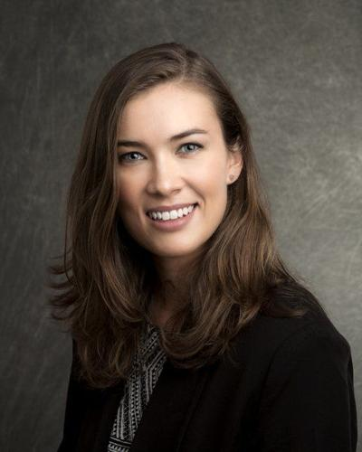 Katherine A. Gambill sworn in to practice law in Illinois
