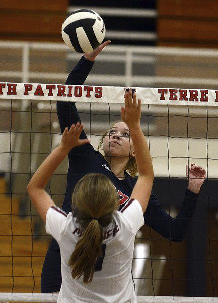 Patriots continue strong volleyball play with sweep