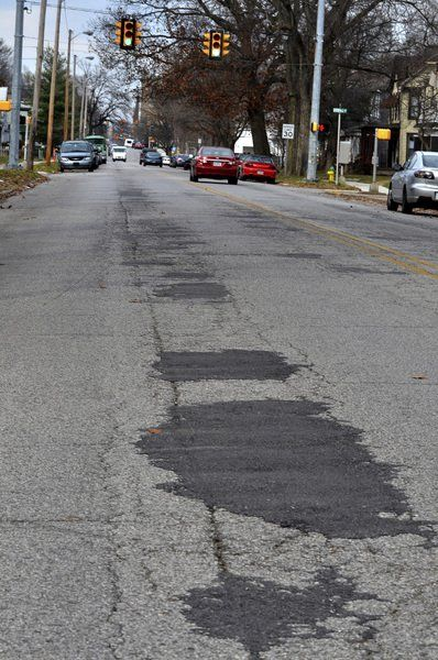 Officials see plenty of uses for $400M in quick road money