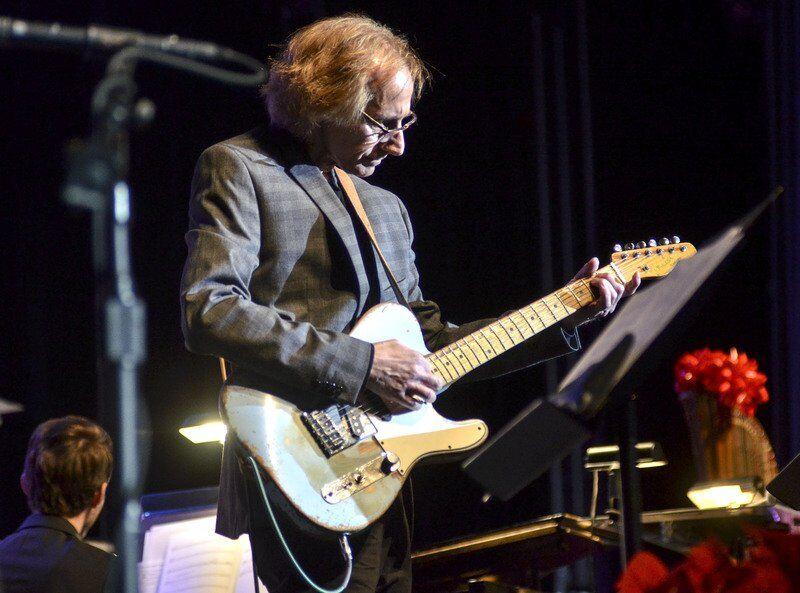 Top musician, TH native Corenflos dies at 56