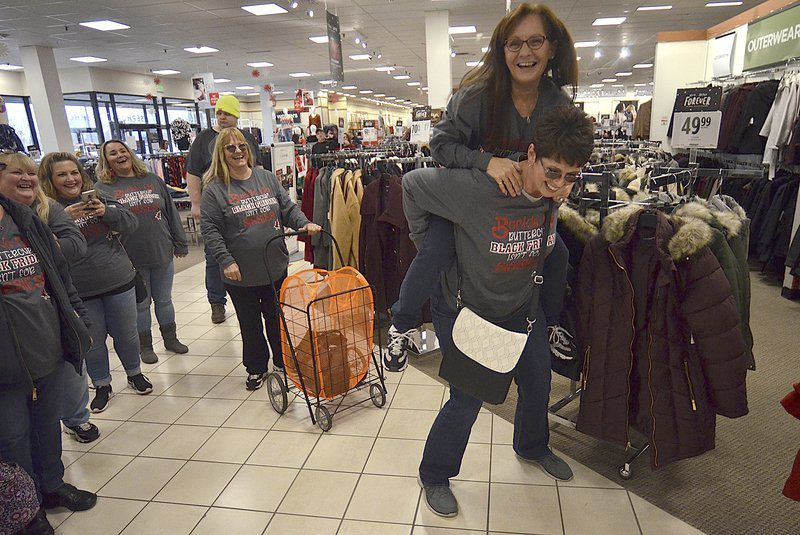 Black Friday still a biggie: Crowds turn out in search of bargains before Christmas