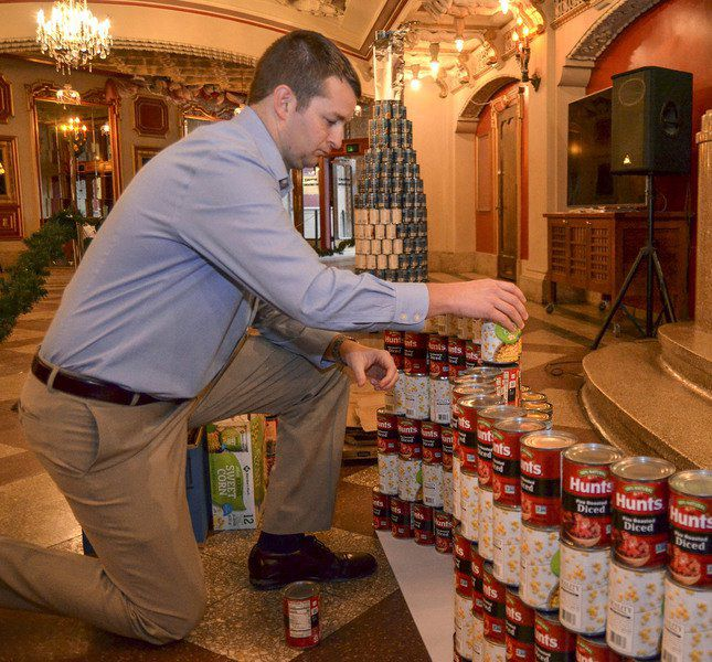 Yes, they can build it: Seven Valley buisnesses build holiday-themed displays using thousands of cans
