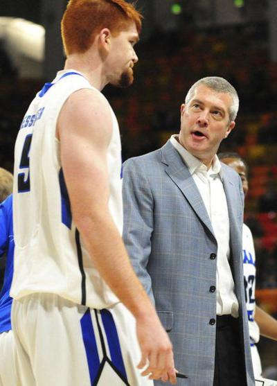 Isu Men S Basketball Coach Greg Lansing Has Contract Rollover