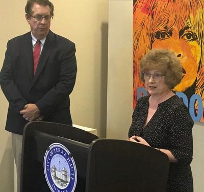 Terre Haute distributes arts grants