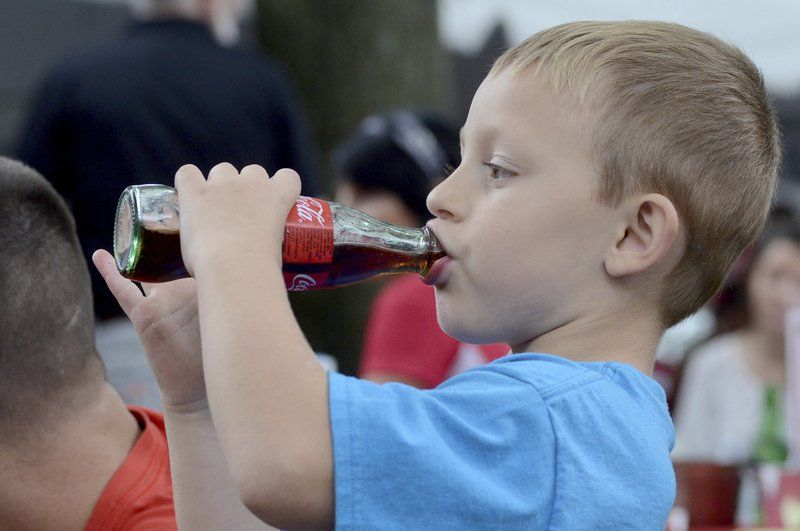 Coca Cola Honors Bottles Roots In Terre Haute Local News