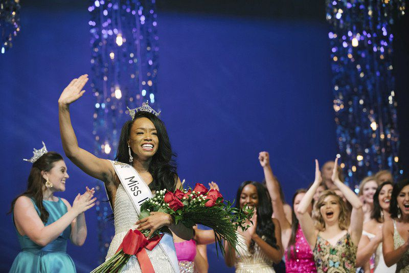 Miss Indiana departs for Miss America competition