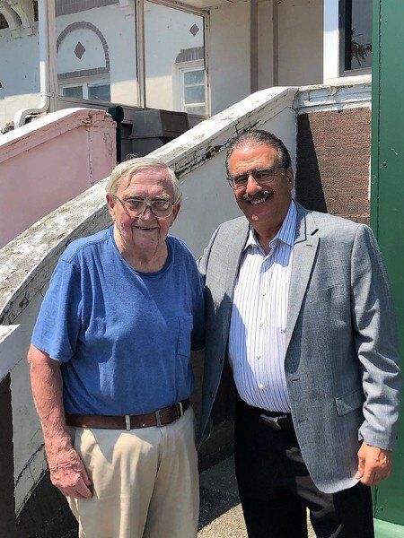 Veteran sportswriter Tom Reck passes at 82