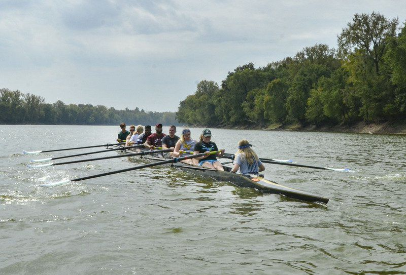 Author, first-time rowers share the power and zen of rowing and crew