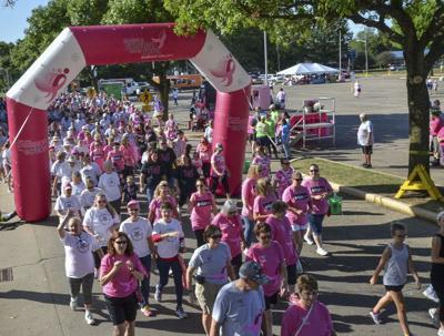 Hundreds turn out for annual Race for the Cure event