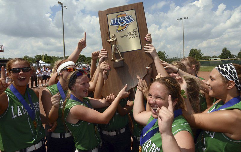 DAILY TOP 5: Best softball venues? The Final ones