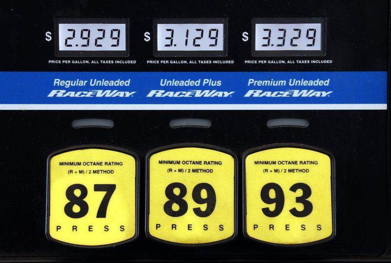 gas prices falling headed below 3 in much of us business news rh tribstar com