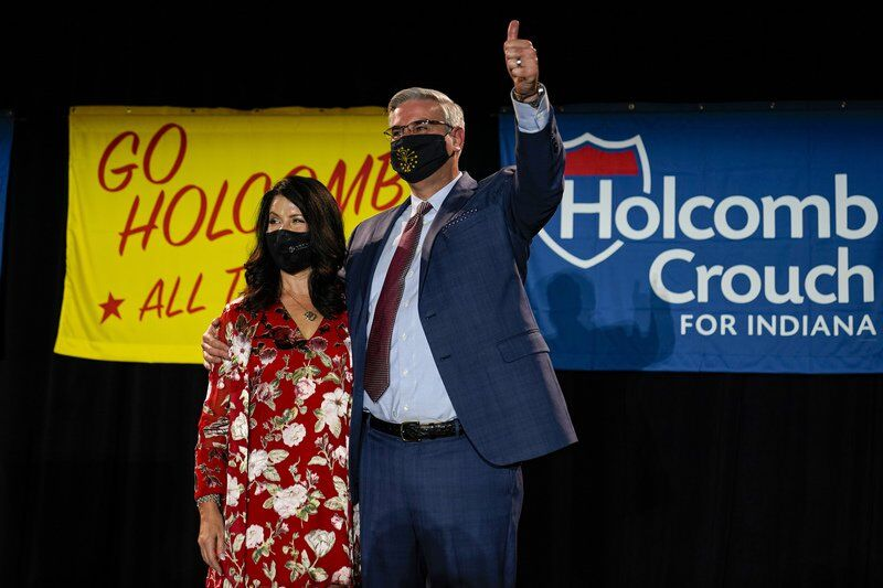 Low-key start to Holcomb's new term as Indiana governor