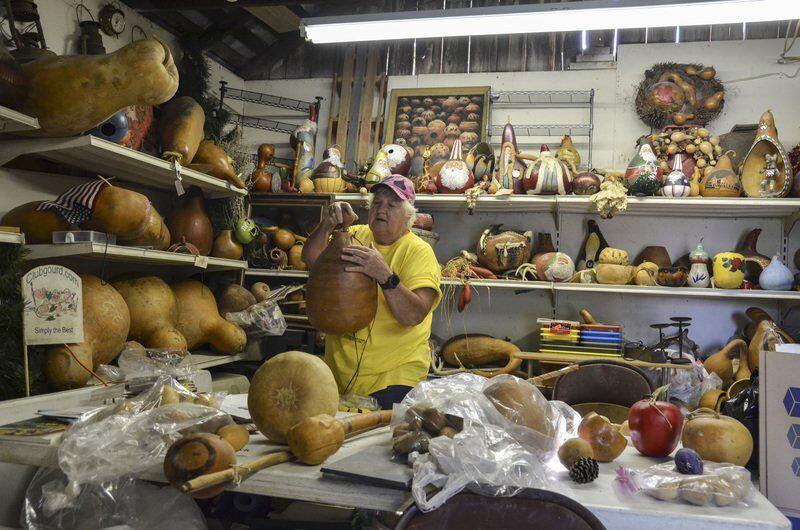 Parke County's 'Sandlady,' Helen Thomas, found calling farming gourds